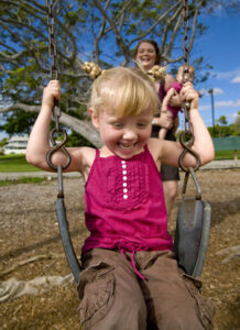 girl_on_swing
